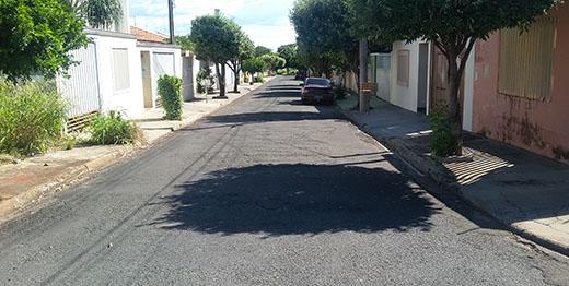 Ruas do Jardim Aeroporto, Bela Vista e Santa Catarina terão asfalto recuperado