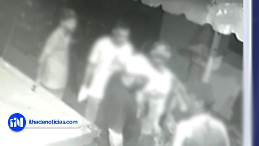 Polícia prende acusados de atirarem em homem em bar da zona norte